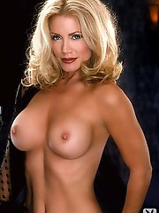 Playboy Plus is on set with Shannon Tweed to shoot her exclusive pictorial. Get to know more about Shannon Tweed by watching our behind the scenes foo